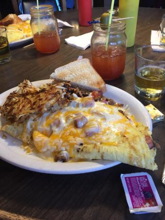 Alexandria, MN: The Loaded Omelet