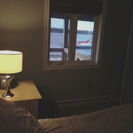 Bay Wind Suites: View to dockside out bedroom window