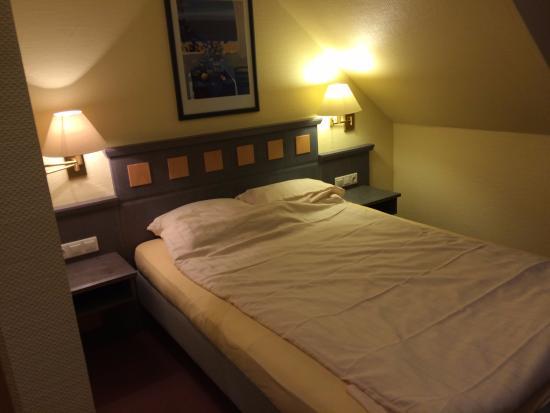 Hotel zum Loewen: Bedroom