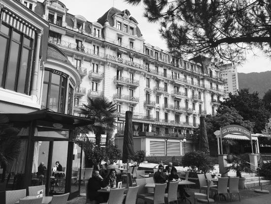 Eden Palace au Lac: Odličan hotel, i u jesenjem periodu sa cenom vrlo pristupačan. Na samom setalistu pored jezera,