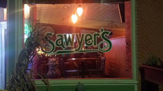 Sawyers Bar & Grill