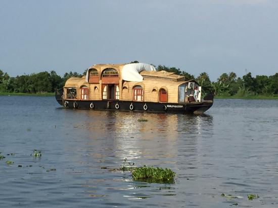Kerala Backwaters: Our House Boat