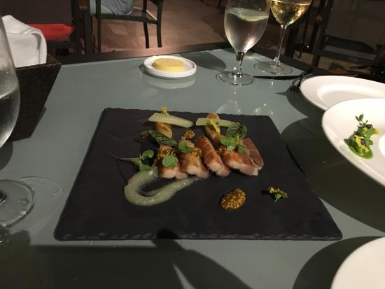 De Cortez Restaurant: Pork belly appetizer