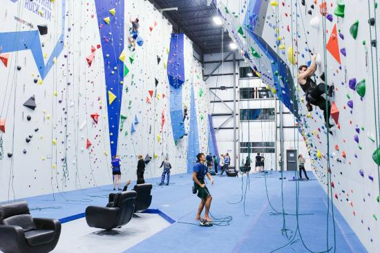 Randolph, MA: Lead Climbing and Top Roping