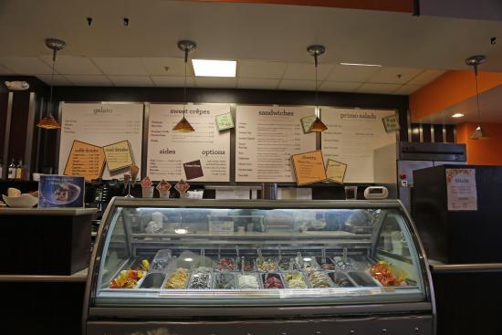 Confetti Cafe And Gelato: Inside store