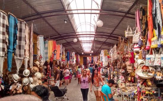 Armario Para Banheiro Com Cuba ~ Corredor com Artesanato Foto de Mercado Municipal