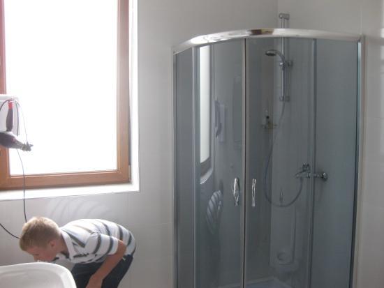Misaktsieli, Georgia: ванная комната