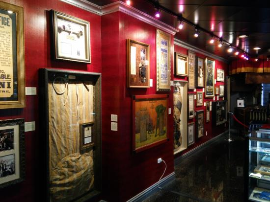 Tools of the Trade - Magic Shop - Picture of Houdini Museum of New