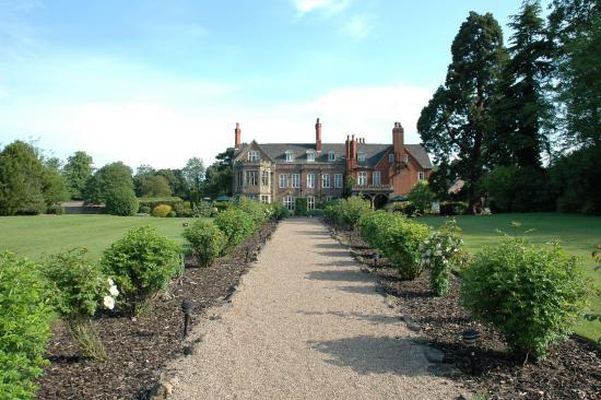Rothley Court: Exterior backyard