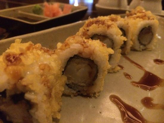 Sampan - The Sky Lounge : tempura shrimp roll - yum!