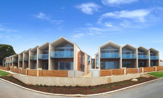 Augusta Hotel Motel: Seine Bay Apartments 4 Stars