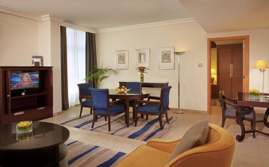 Beach Rotana - Abu Dhabi: One Bedroom Suite Living Room (Beach Rotana Suites