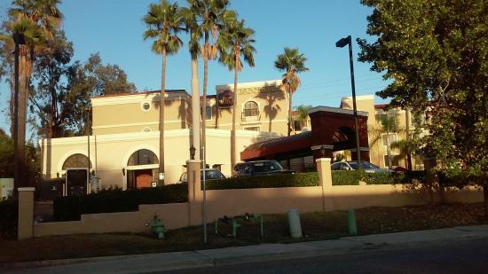BEST WESTERN Escondido Hotel : 20151029_171928_large.jpg