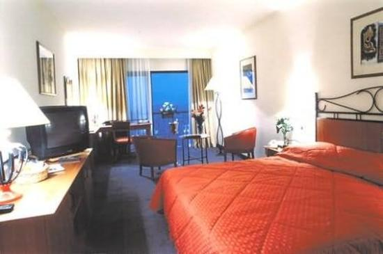 Golden Tulip Vivaldi Hotel: Guest Room