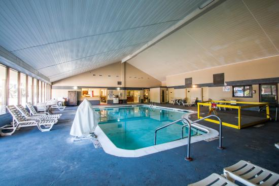 Econo Lodge Beaufort: Pool