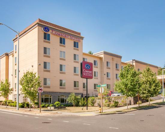 Photo of Comfort Suites Eugene