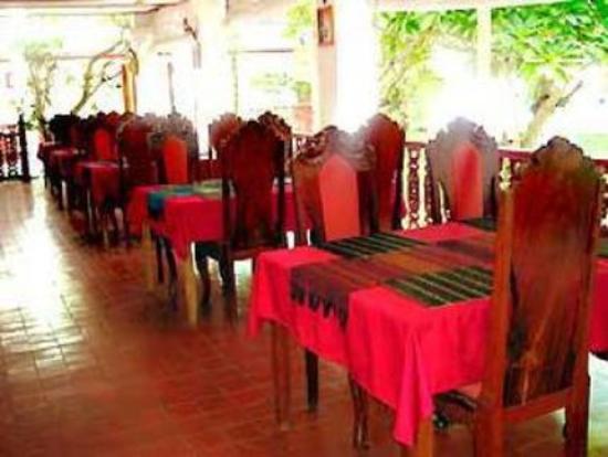 Chitchareune Mouang Luang Hotel: Restaurant