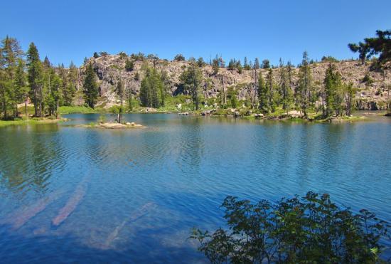 Loch Leven Lakes Trail: Upper Loch Leven Lake