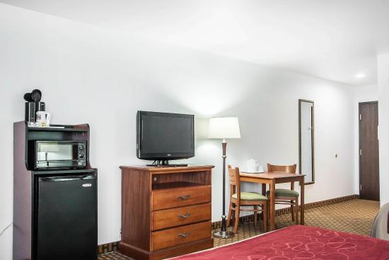 Willow Springs, MO: Guest Room