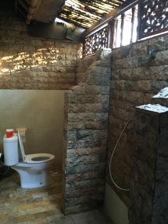 Alam Gili: Duyung room (bathroom)