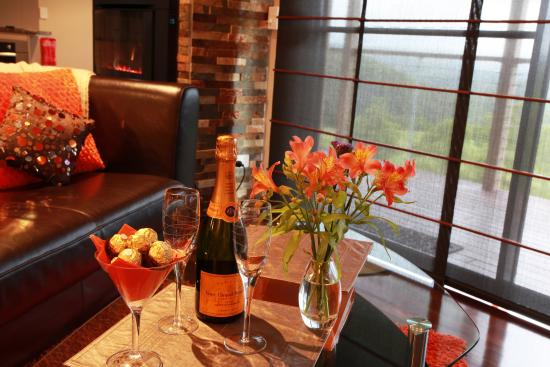 Blue Summit Cottages: Celebrate in style