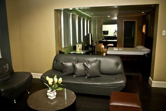 jardin de rosal hotel penthouse room