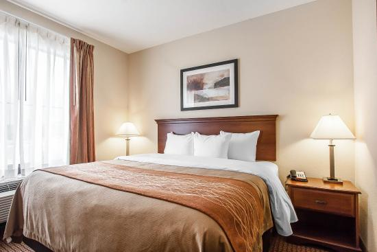 Atoka, TN: Guest Room