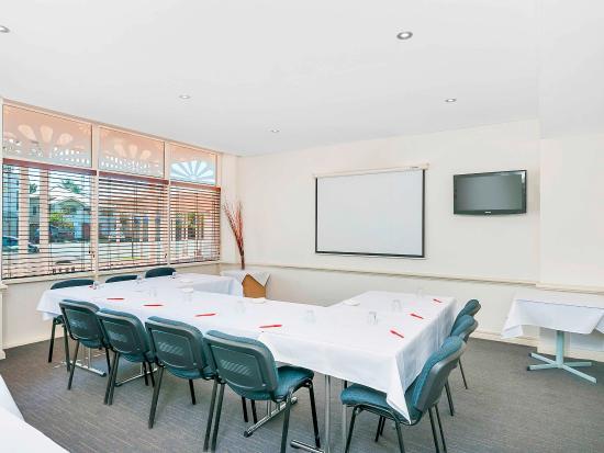 Ibis Styles Cairns: Meeting Room