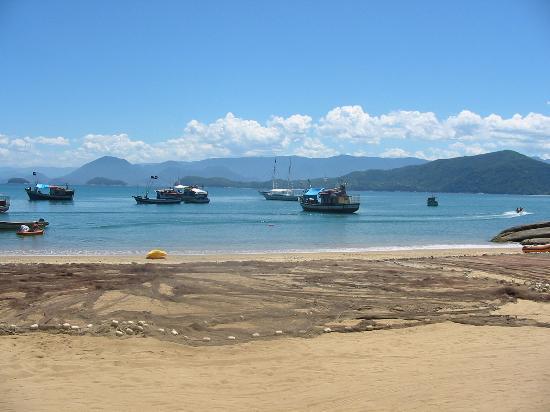 Pousada Rosa de Picinguaba: Vista da Praia onde fica a Pousada