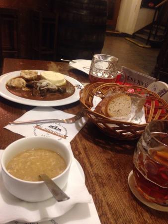 Пиво и чешская еда