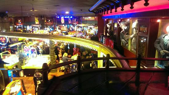 coral island casino blackpool opening times