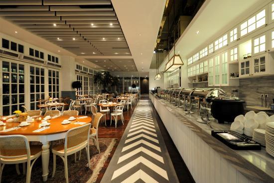 Veranda Hotel At Pakubuwono: Restaurant Wylu0027s Kitchen