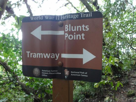 National Park of American Samoa, Amerikan Samoa: Sign on the WWII trail side