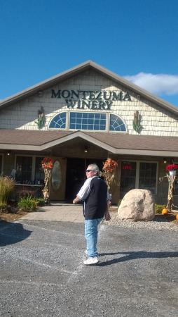 Montezuma Winery & Hidden Marsh Distillery : storefront