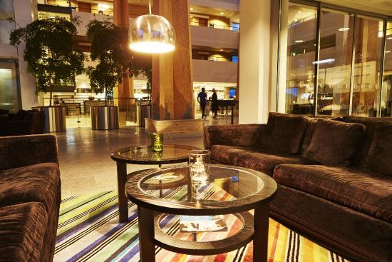 Hotel Opus Horsens: Lobbyområde
