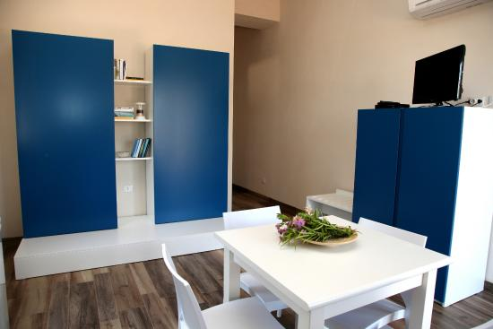 cucina/soggiorno - Foto di Ulivo Blu Casa Vacanze, Castellammare del ...