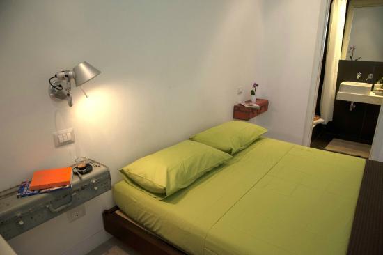 Center 2 Rooms B&b: Camera matrimoniale Verde
