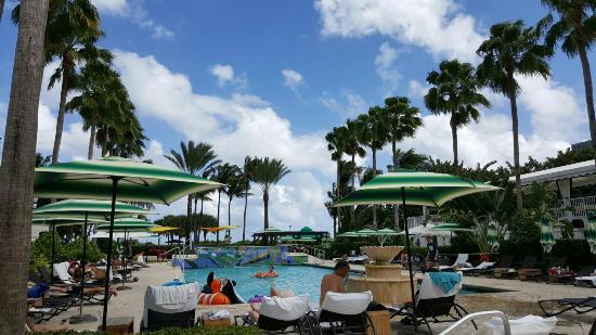 Kimpton Surfcomber Hotel Miami South Beach A