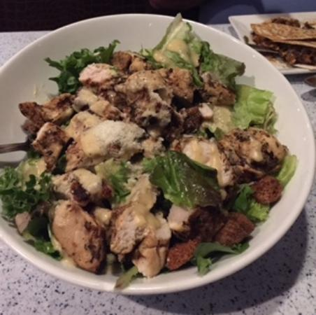 Mansfield, CT: Super big chicken caesar salad!!  Delicious!