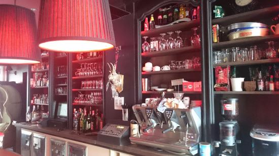 redhouse cafe : Le bar du Red house