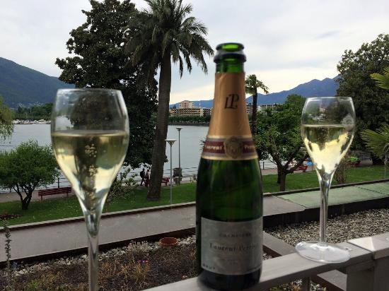 H+ La Palma Hotel & Spa Locarno: lets enjoy laurent perrier..