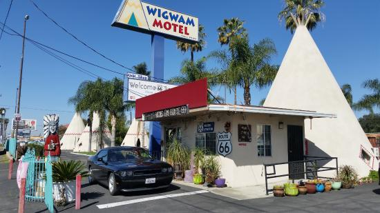 Wigwam Motel: Nice location...