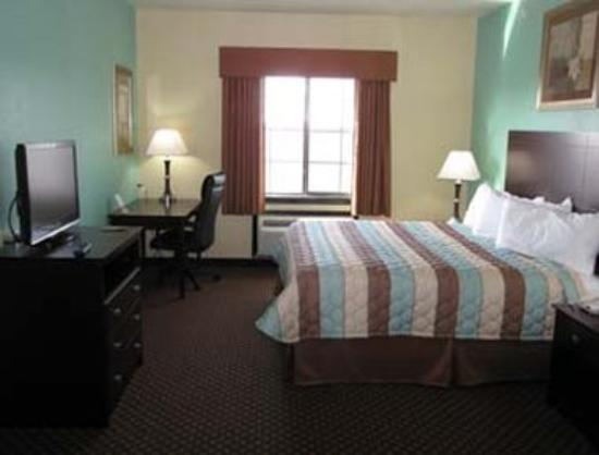 Days Inn Kemah: King Bed Guest Room