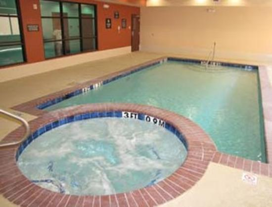 Days Inn Kemah: Pool / Hot Tub