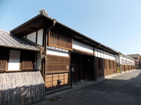 Usuki Samurai House Streets: 旧稲葉家長屋門