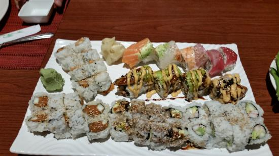 Koji Japanese Sushi Bar: Assortment of 6 rolls
