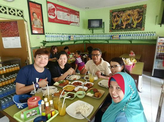 Bali Halal Tour - Day Tours : 20151029_153257_large.jpg