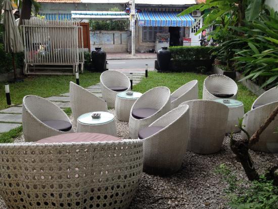monsoon restaurant bar saigon cheap garden furniture