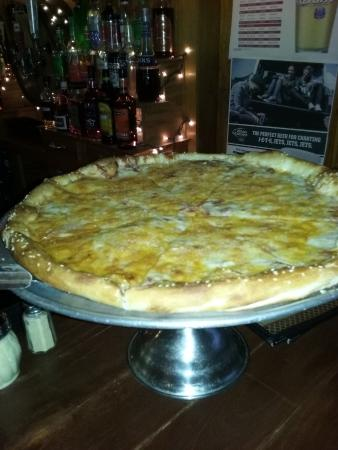 East Durham, NY: 3 Cheese Pizza