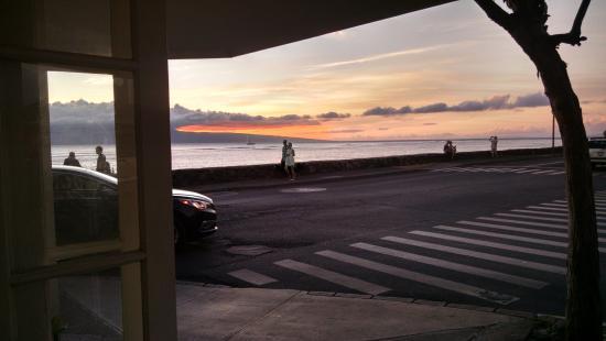 Sunset From Longhi S Italian Restaurant On Front